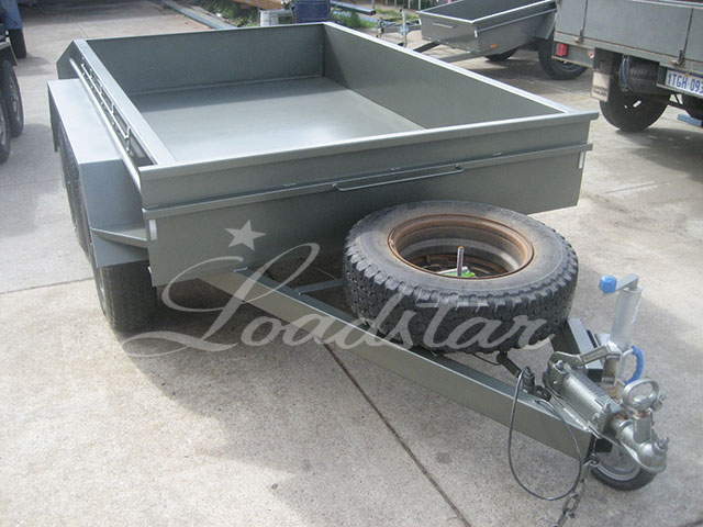 8x5 off road trailer green